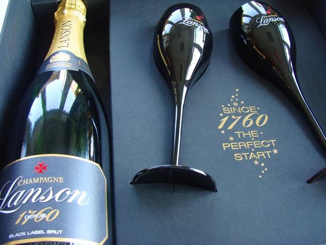 LANSON Champagne Black Label box + 2 x kalich ( pohár )