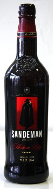 SHERRY Sandeman Medium Dry Jerez
