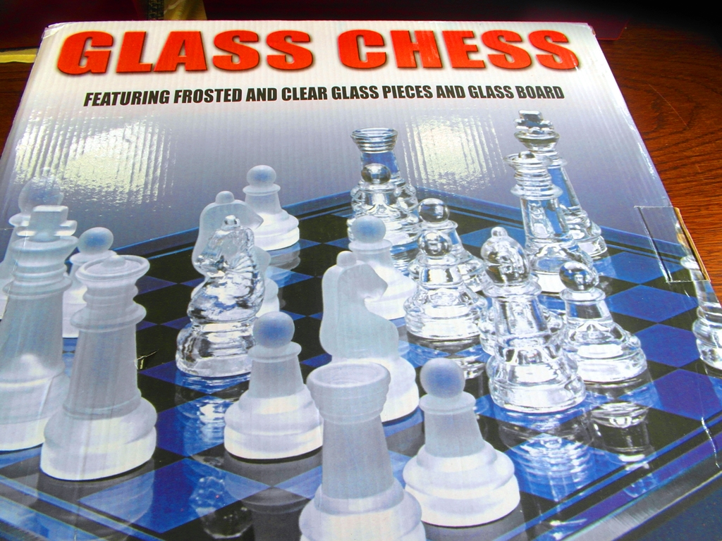 Šach sklenený Glass Chess 34,5 x 34,5 cm